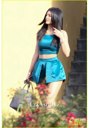 Kylie Jenner Blue Two-piece Outfit Celebrity Cocktail Party Dresses