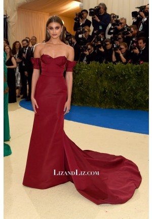 Taylor Hill Burgundy Off-the-shoulder Formal Prom Celebrity Dress Met Gala 2017