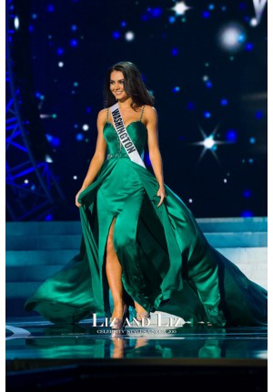 Cassandra Searles Green Satin Pageant Dress Miss Washington USA 2013