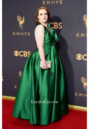 Shannon Purser Green Satin Plus Size Celebrity Prom Dress Emmys 2017